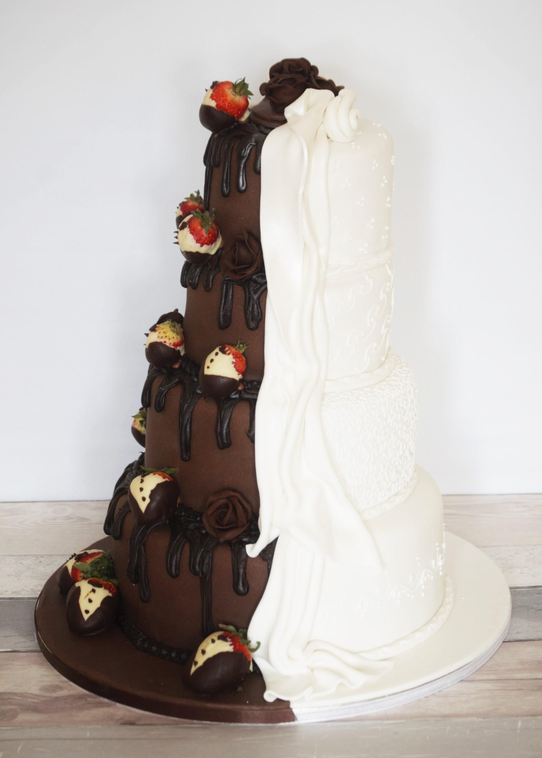 Reveal 4-Tier Wedding Cake - Ayre\'s